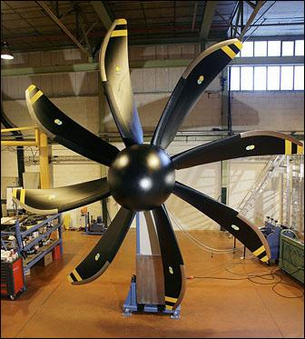 A modern propeller with scimitar-shaped blades for Airbus A-400M